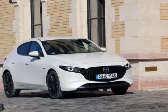 Van baja, de megigéz - Teszten a Mazda3 a benzines csodamotorral