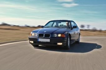 Vezetni mindig élmény – Elmondom, miért tartok egy E36-os BMW-t
