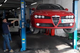 Félni kell egy szép olasz autótól?