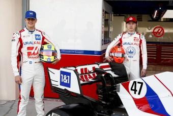 Schumachernek jót tehet a tuskó csapattárs