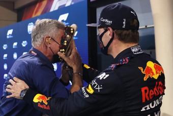 F1: Tortával poénkodott Verstappen a pole után