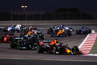 F1: Verstappen hibázott, mégis nyerhetett volna