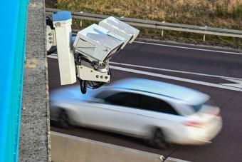 291 km/órás sebeségnél mérte be a traffipax ezt az autóst