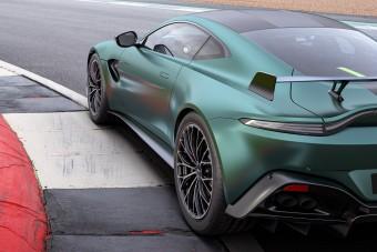 A Forma-1-ből jön az utcára ez az Aston Martin