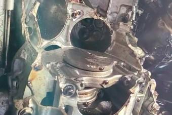Szétrobbant az 50 ezres fordulatszámig pörgetett új motor