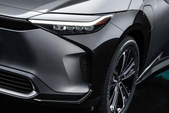 Új, elektromos korszakba lép a Toyota