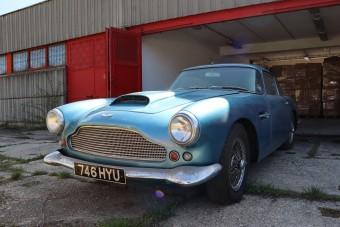 Értékes és ritka Aston Martint árverez el a NAV