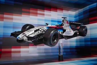 Elkészült az első F1-es art car