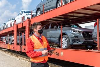 Vonatokat is irányítanak a győri Audinál