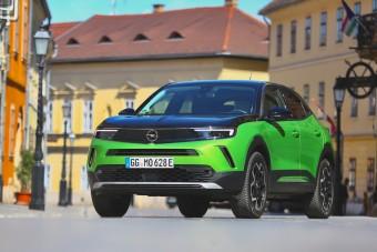 Gusztusos tálalású az első teljesen francia Opel, de milyen az íze?