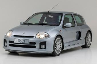 Ilyen őrült autók már sosem lesznek - Renault Clio Sport 3.0 V6