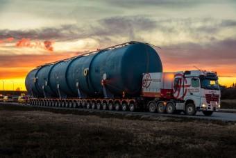 Közel 200 tonnás rakományt vittek közúton