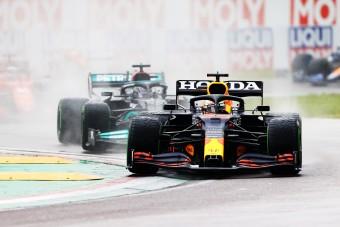 F1: Verstappen nyerte a kaotikus imolai futamot