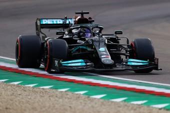 F1: Izgalmas végjáték után Hamiltoné az imolai pole