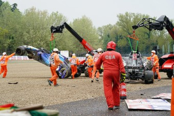 F1: Beszólt védencének a Mercedes-főnök