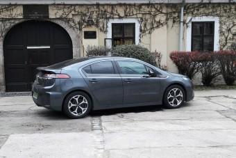Prius helyett vegyél Opelt?