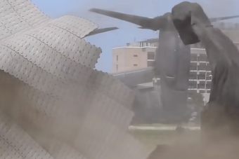 Lebontott egy leszállópályát a különleges amerikai katonai repülőgép