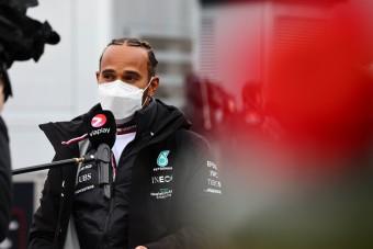F1: Hamiltont is meglepték az időmérő eredményei