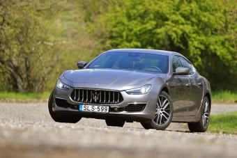 Világvége, vagy szép új világ? Itt az első, hibrid Maserati!