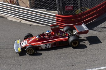 Hallgasd, hogy szól Lauda F1-es Ferrarija a modern Monacóban