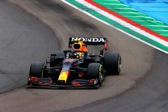 F1: Megverte a győztest, majd leszerepelt Perez