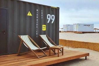 Konténerhotelek várják a tengerparti nyaralókat