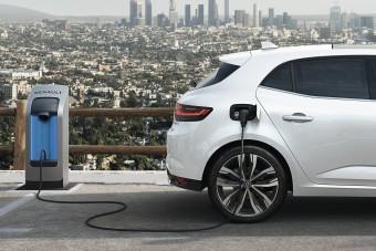 Újabb Renault kapott konnektoros hibrid hajtásláncot