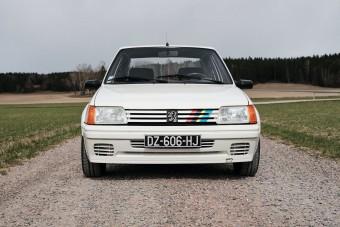 Tiszta vezetési élmény a 205 Rallye
