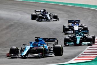 F1: Dühből vezetett Alonso