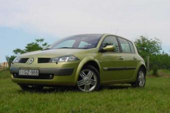 Használt franciát első autónak egymillióért?