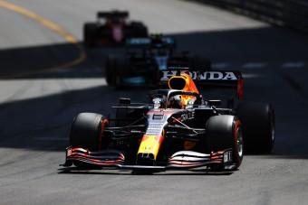 F1: Verstappen nyerte a monacói vonatozást, Hamilton szenvedett