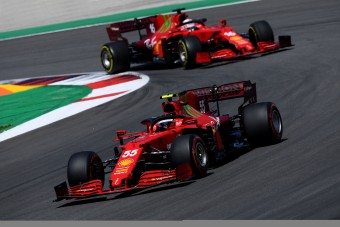 F1: Újabb baklövés a Ferraritól