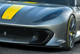 Csúcsragadozóként mozog a Ferrari 812 Competizione