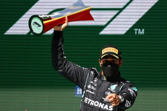 Hamilton: A határon voltam, kemény verseny volt!