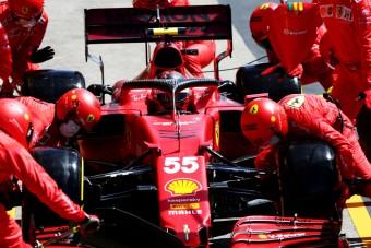 F1: Az utolsó pillanatban bukott pontot a Ferrari