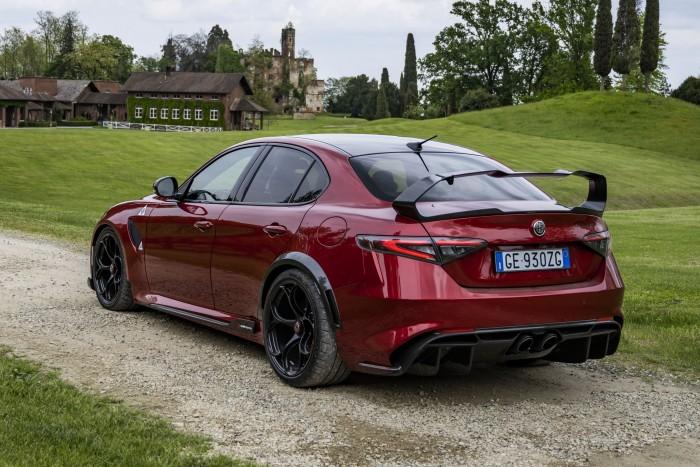 Alpha has built the dream of car enthusiasts 2
