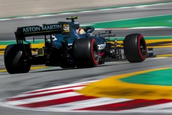 F1: Megromlott a levegő Vettel csapatánál