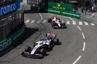 F1: Hátraparancsolták Schumachert