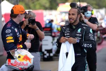 F1: Hamilton elvette Verstappentől a mézesbödönt