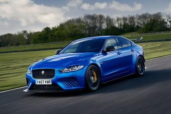 Akciós áron mérik a leggyorsabb Jaguart, most kell rá lecsapni