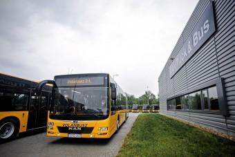 Új csuklós buszok érkeztek a Volánbuszhoz