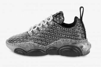 Buborékfólia ihlette ezt a cipőt