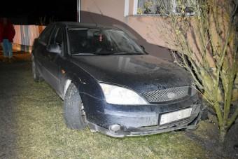 Ittasan, kijárási korlátozás alatt okozott balesetet a sofőr