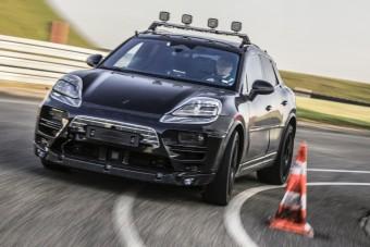 Már tesztelik az elektromos Porsche Macant