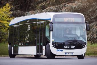 Ez a busz bármikor elgázolhat, ha eszébe jut