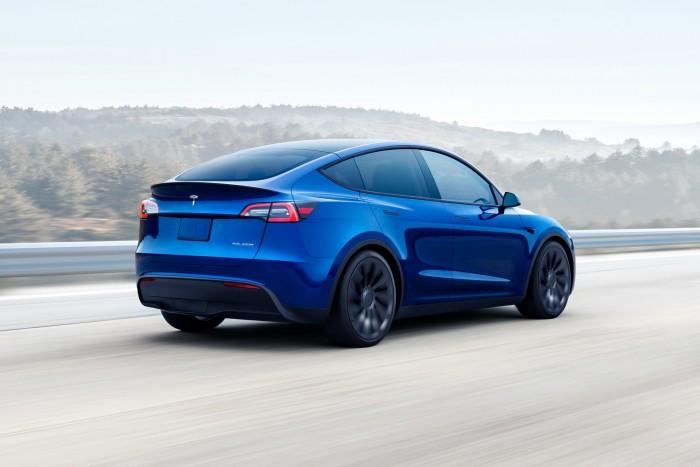 Miles de autos Tesla 1 han sido retirados del mercado