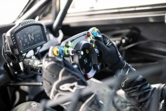 A Bentley versenytechnikája is hazaköltözik