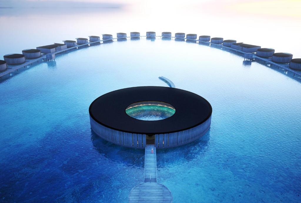 Utánozhatatlan luxussal várja vendégeit a Maldív-szigeteken nyíló új Ritz-Carlton szálloda 1