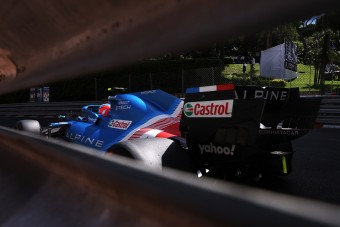 F1: Elárulták a hajlékony hátsó szárnyak titkát