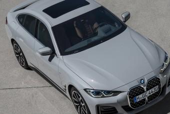 Plusz ajtókat növesztett a BMW 4 kupé